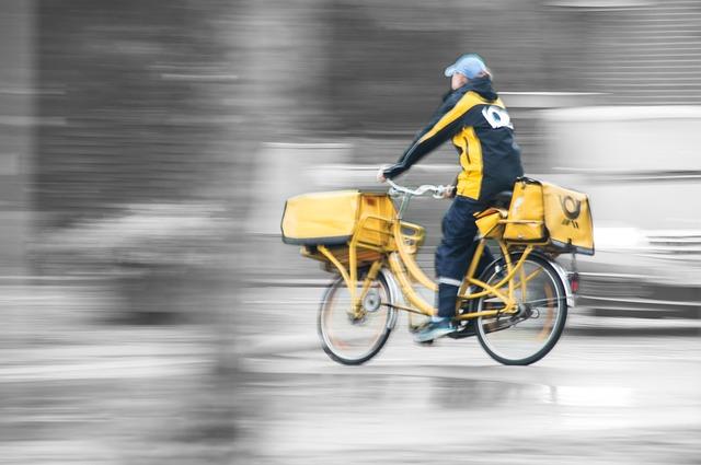 pošťačka na kole