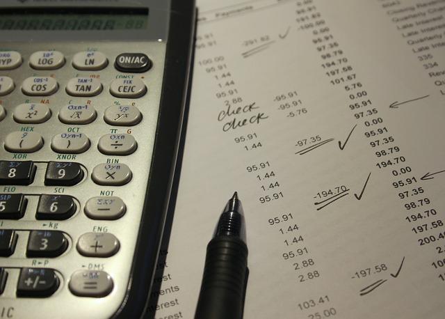 účetnictví a kalkulačka.jpg