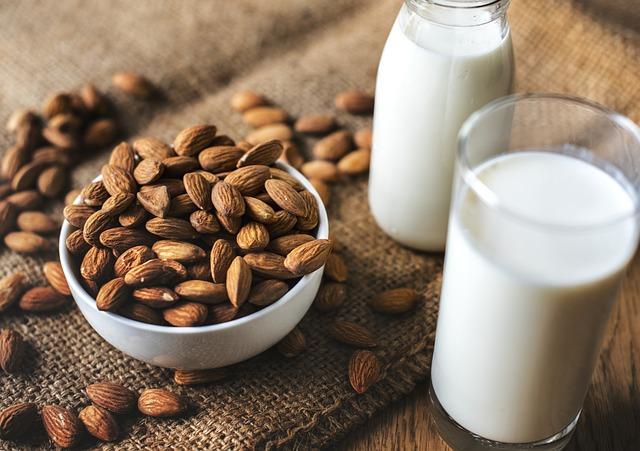 mandle a mandlové mléko